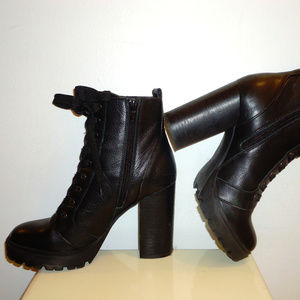 Steve Madden Black Leather Ankle Boots, Sz.6